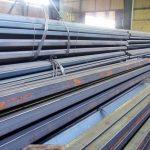 بیش از ۱۱ هزار تن فولاد در مناطق زلزله زده توزیع می شود