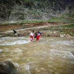 نجات مصدومین روستای تنگه منصورمحور حمیل(اسلام آبادغرب)-سرابله توسط هلال احمر