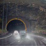 جادههای استان کرمانشاه لغزنده است/تردد در تمام محورها جریان دارد