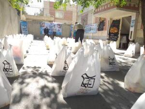 حقوقدانان بسیجی کرمانشاه ۱۲۰ بسته حمایتی بین نیازمندان توزیع کردند