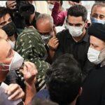 رئیس جمهور از داروخانه ۲۹ فروردین ارتش بازدید کرد/رئیسی: جان مردم از همه چیز برای ما مهمتر است